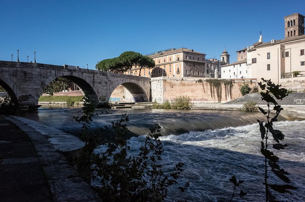 Die Tiberinsel in Rom