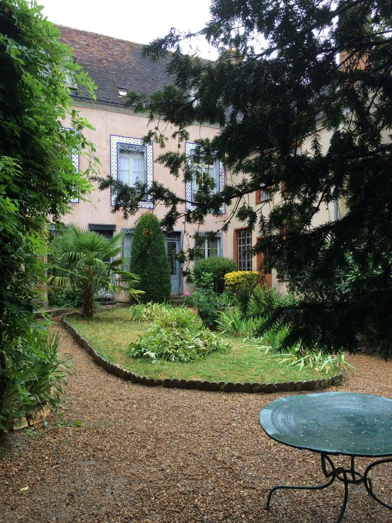 Warum Reisen gut für die Paarbeziehung ist: La Maison de Tante Leonie